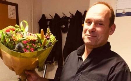 Sporthalbeheerder René 25 jaar in dienst Gemeente Borne